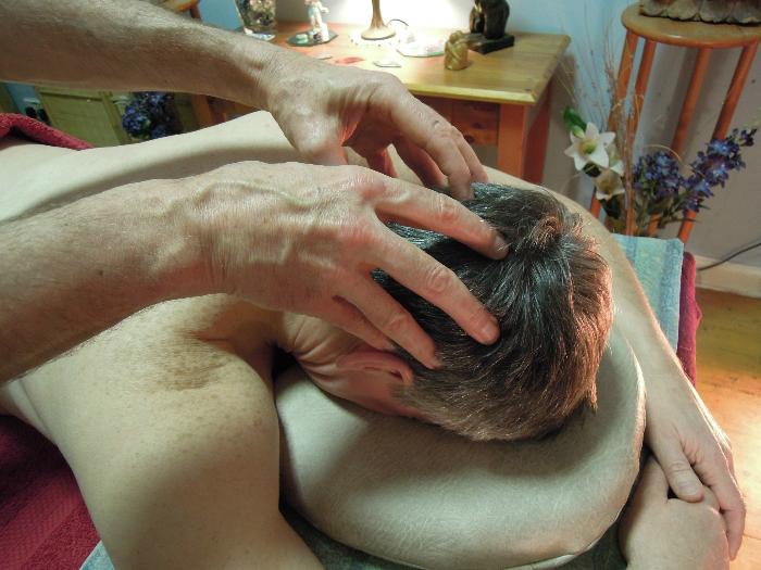 Image of Massage on Head for Massage For Men Edinburgh with Jim